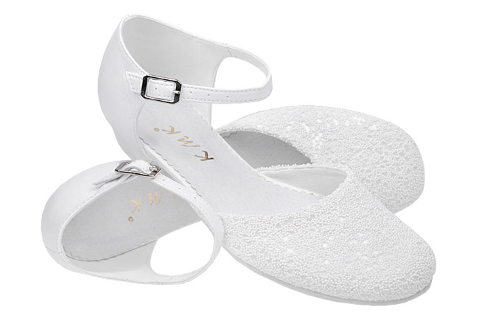 Pantofelki buty komunijne dla dziewczynki KMK 189 Białe