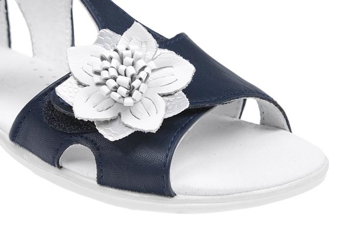 Sandałki dla dziewczynki KORNECKI 4323