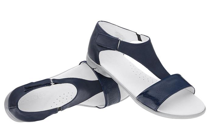 Sandałki dla dziewczynki KORNECKI 4750